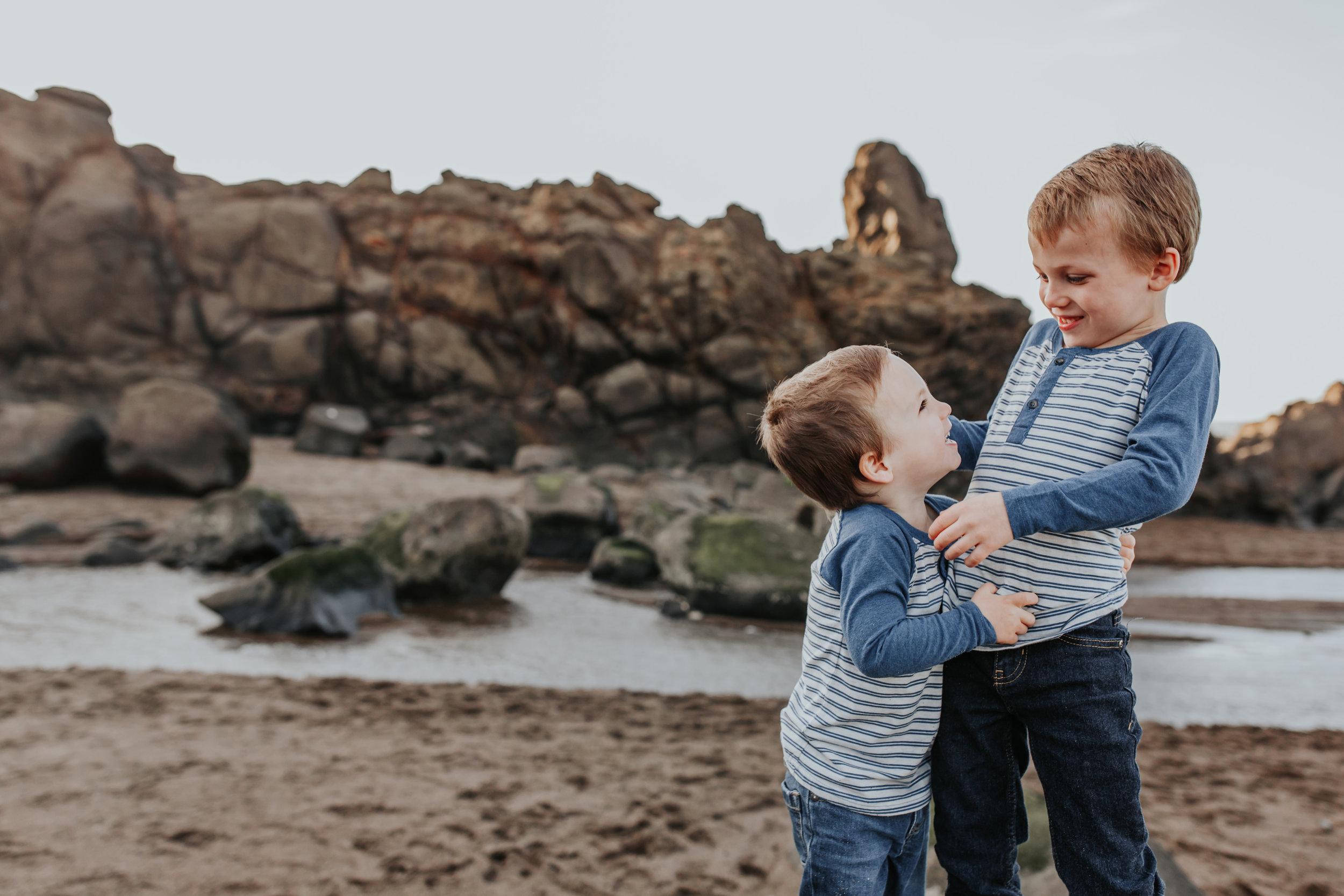 Oregon Coast Family Photographer (35).jpg