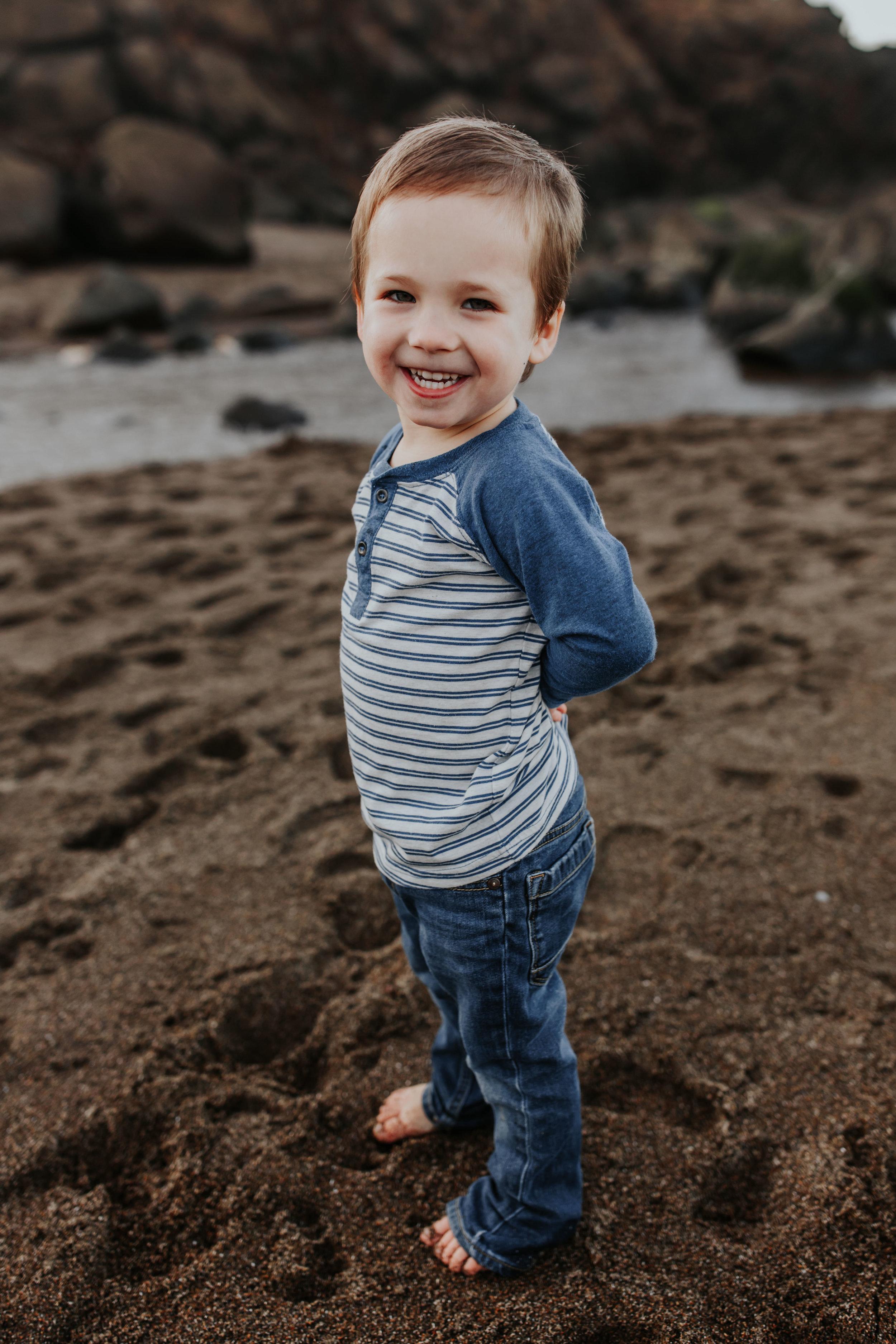 Oregon Coast Family Photographer (75).jpg