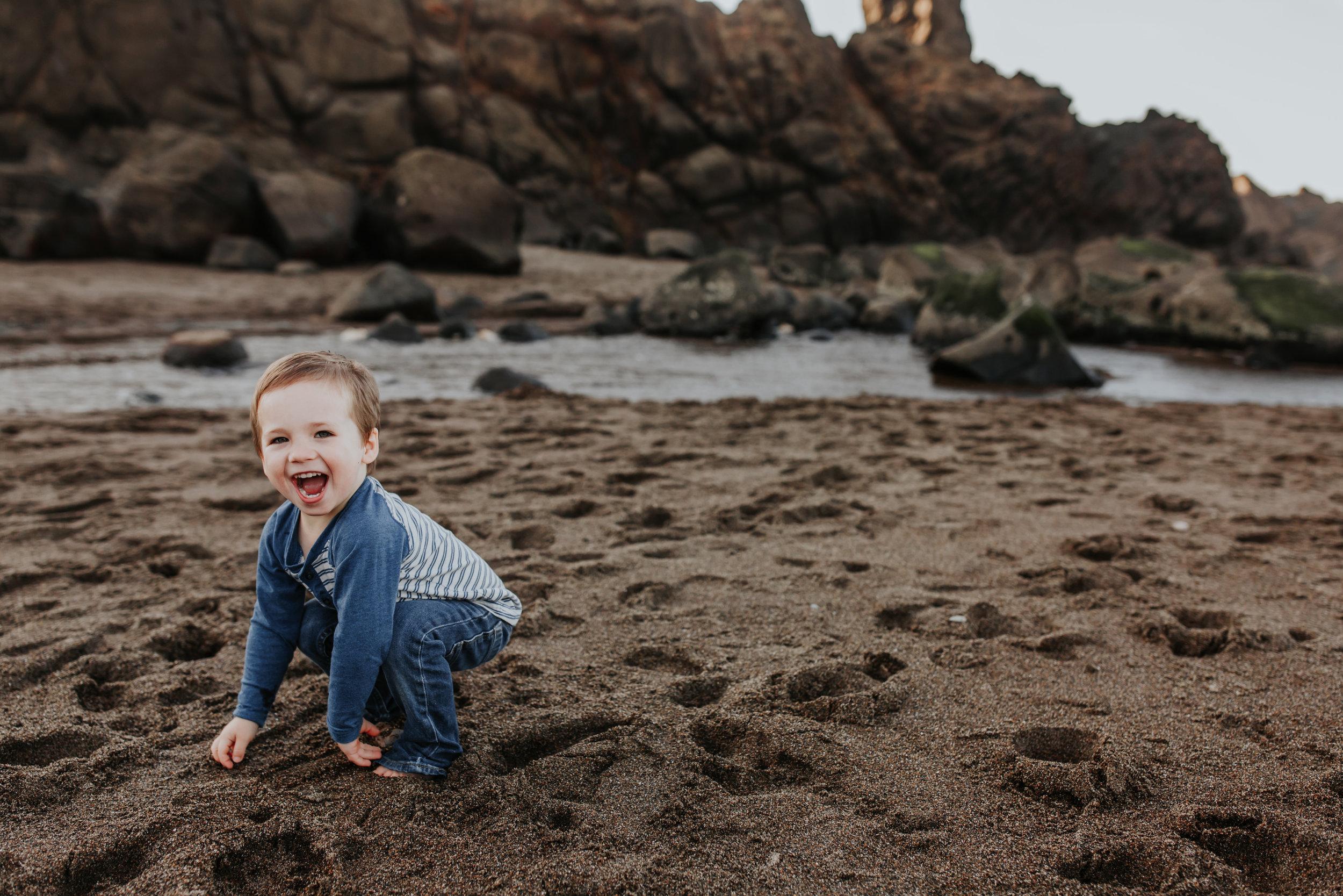 Oregon Coast Family Photographer (79).jpg