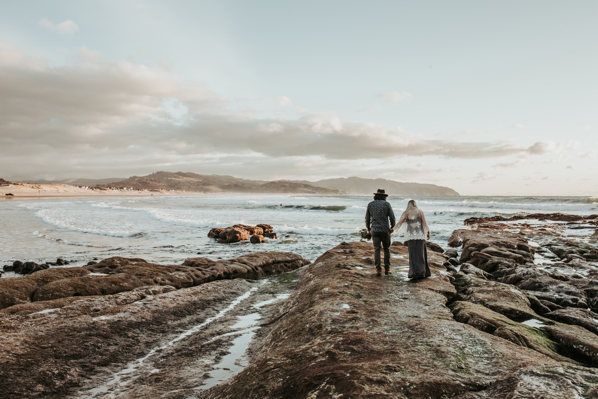 Oregon Coast Engagement Session (4).jpg