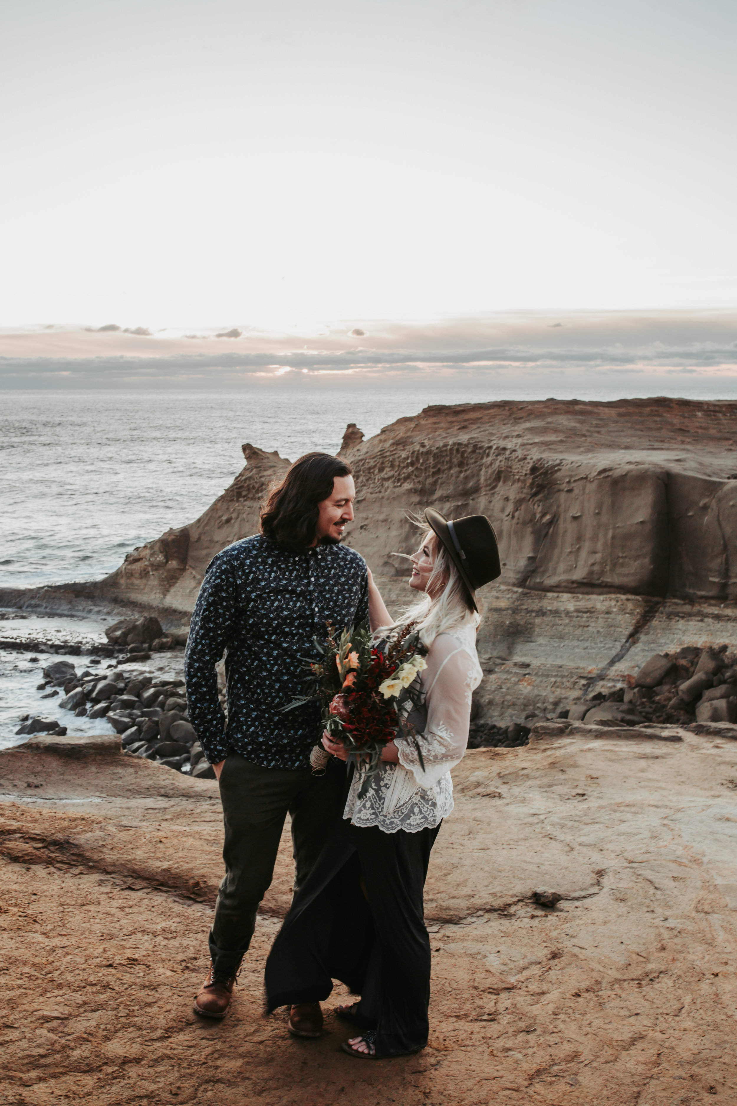 Oregon Coast Engagement Session (12).jpg