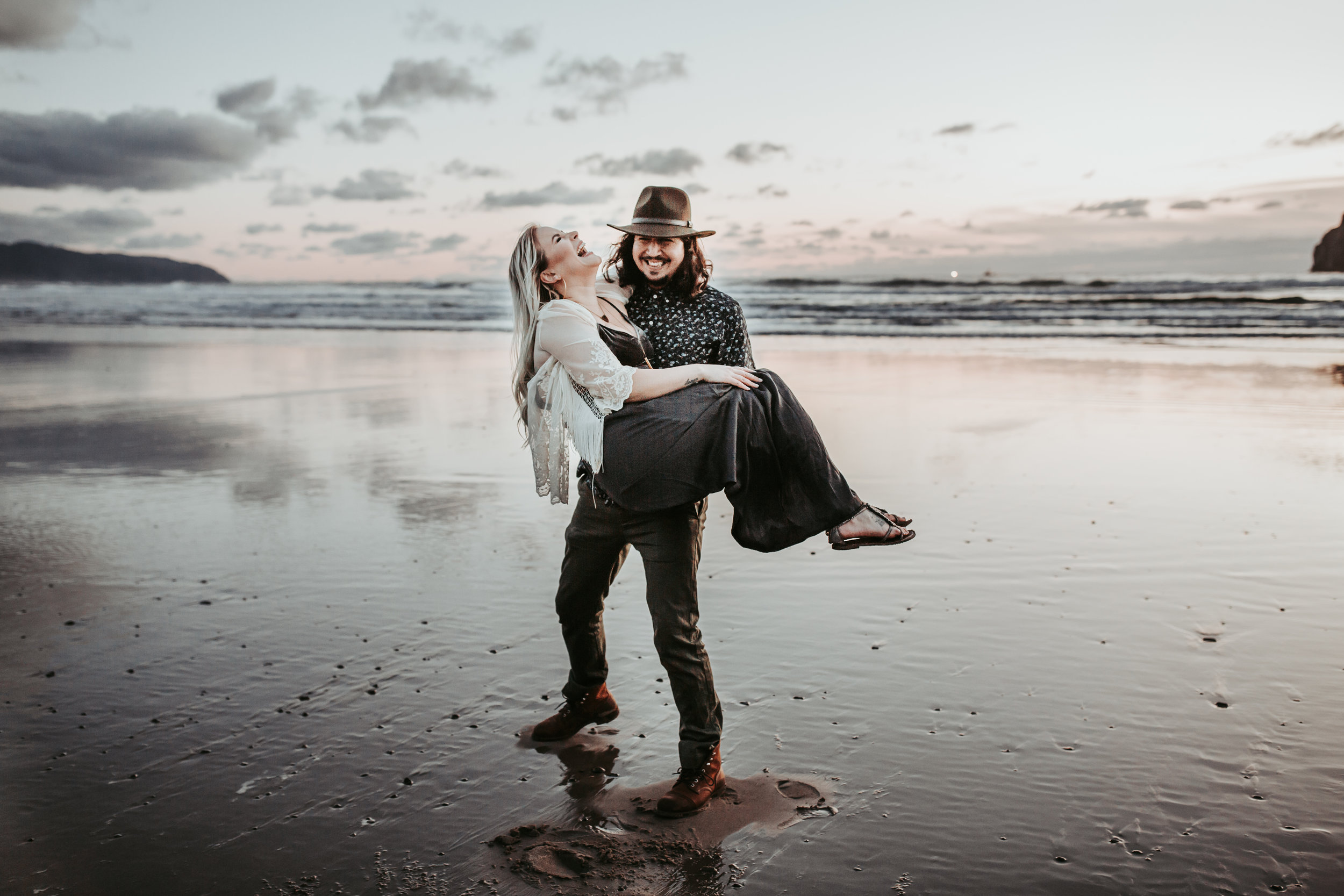 Oregon Coast Engagement Session (20).jpg
