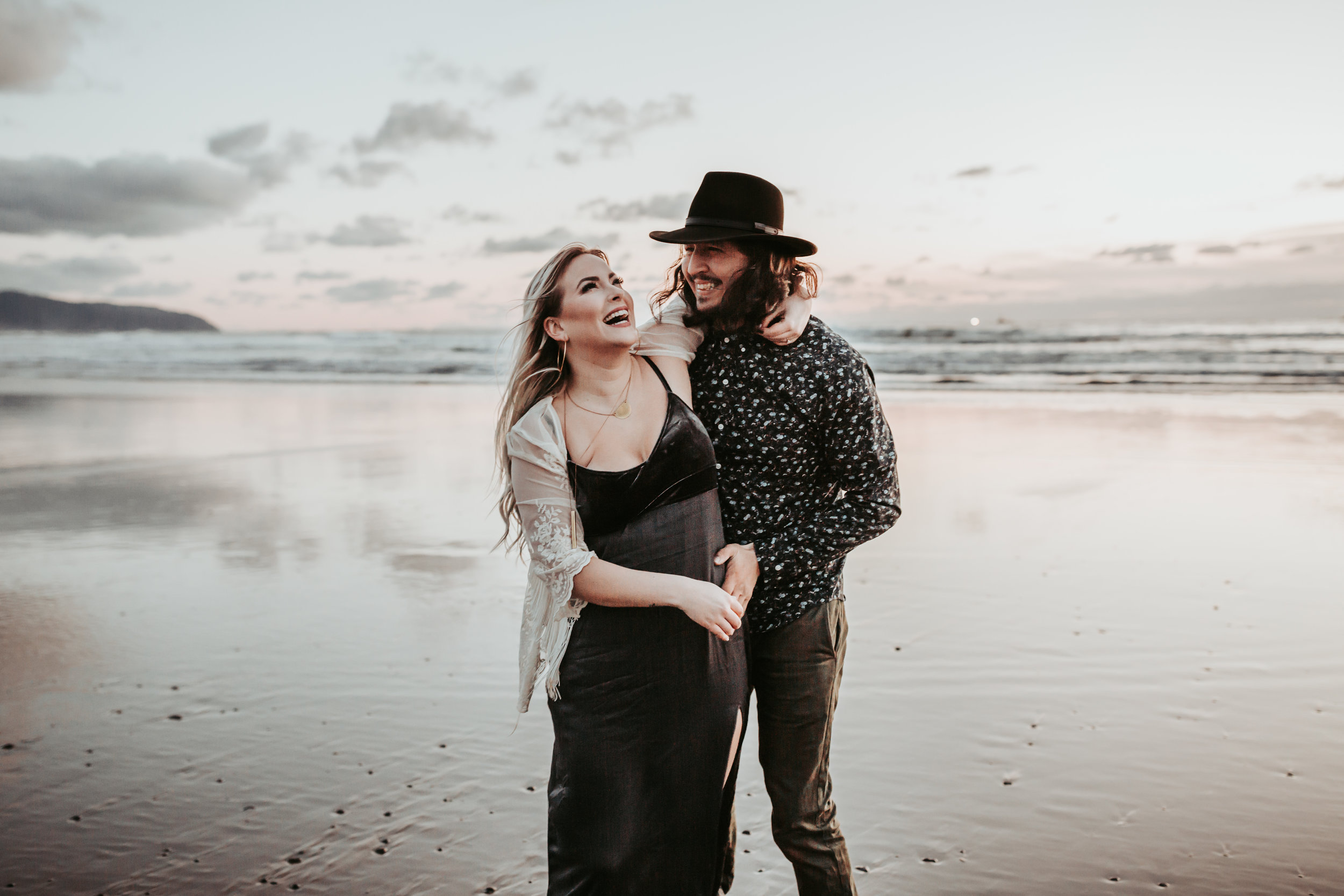 Oregon Coast Engagement Session (21).jpg