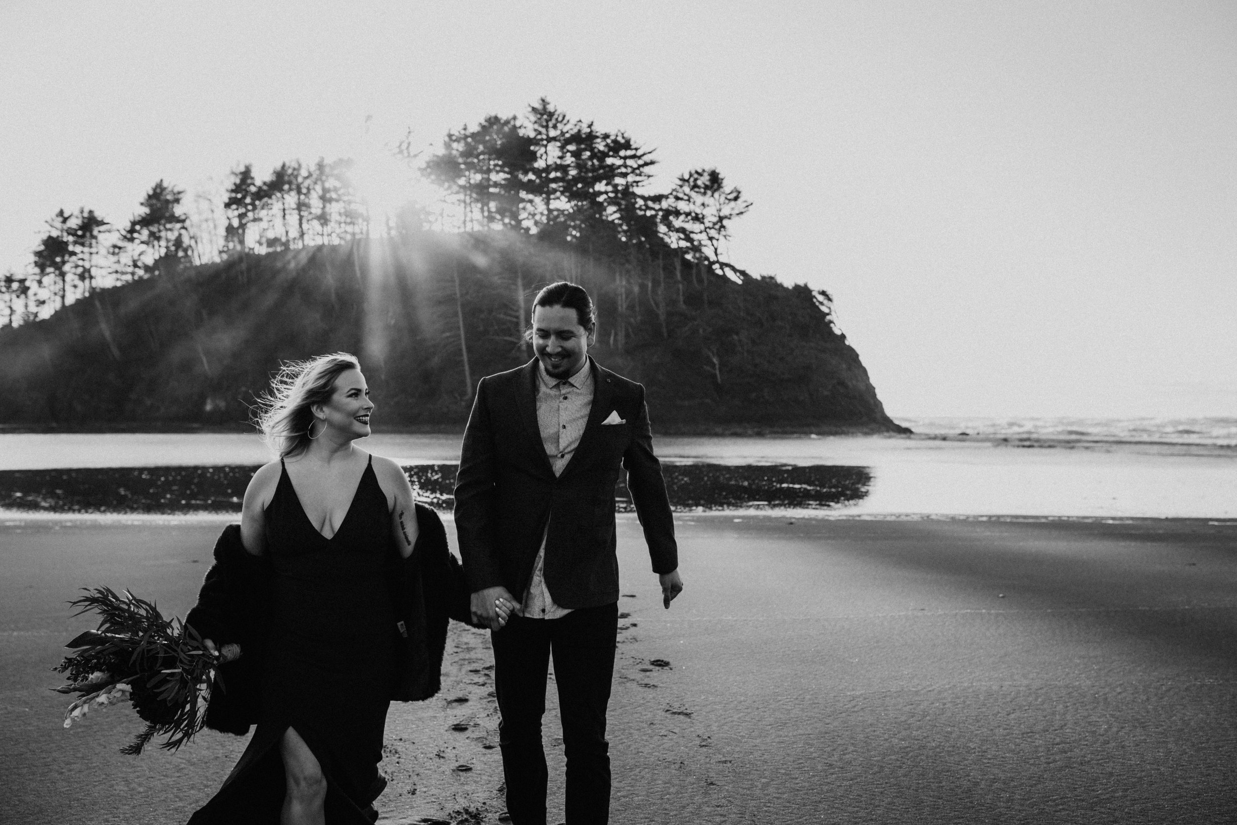Oregon Coast Wedding Photographer (11).jpg