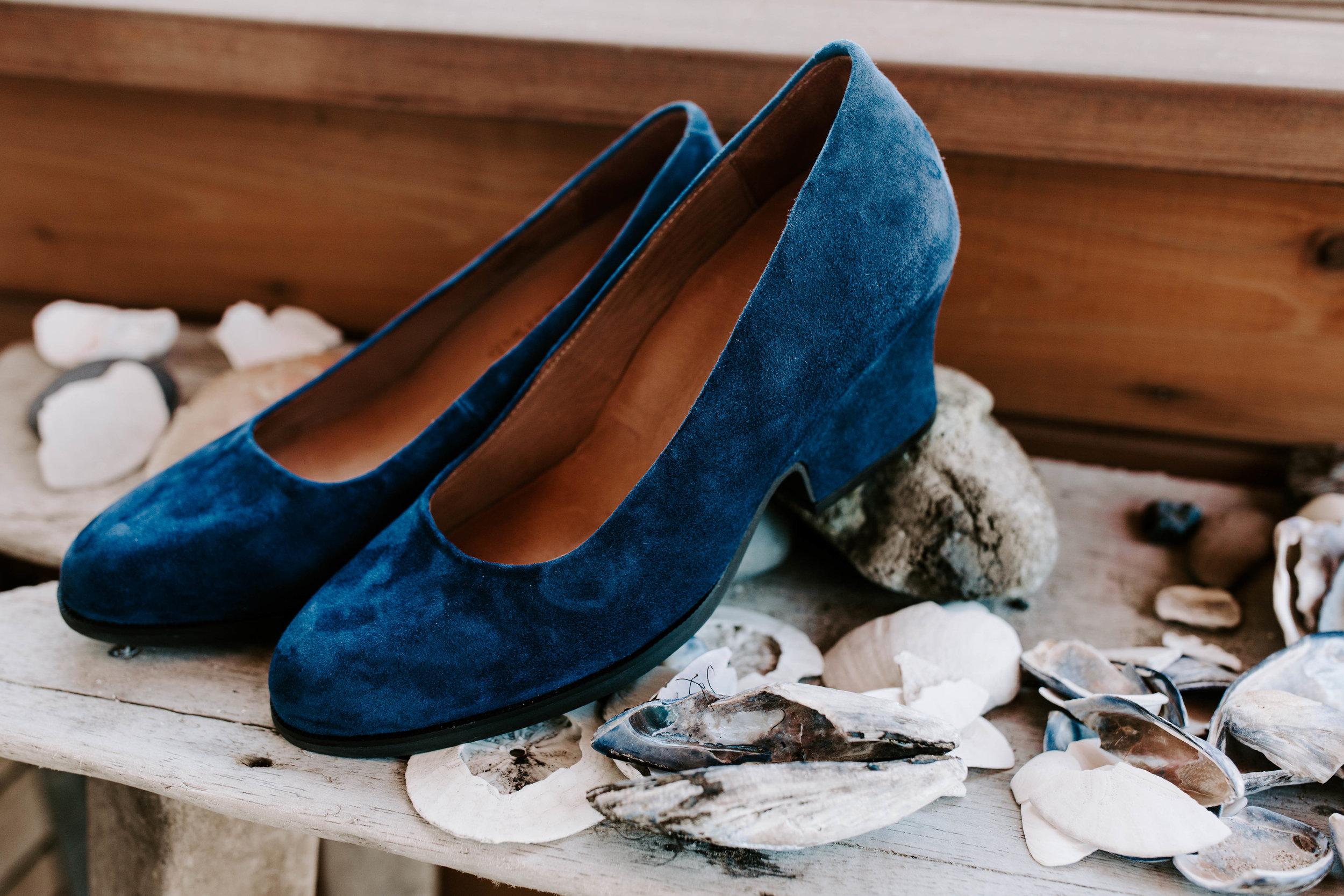 Oregon Coast Wedding Photographer | Blue Velvet  | Rustic Bloom Photography