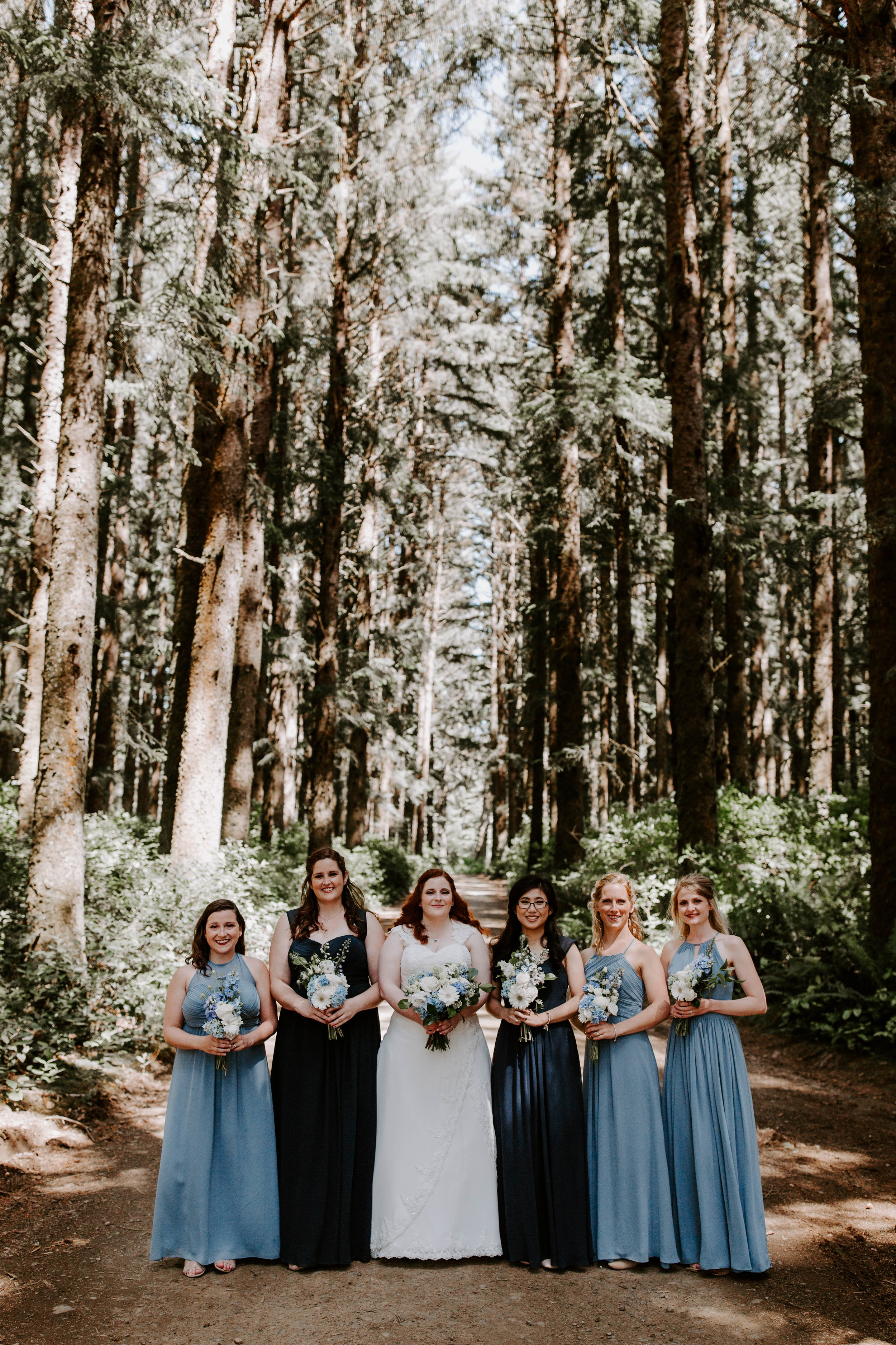 Oregon Wedding Photographer | Wedding in the Woods | Rustic Bloom Photography