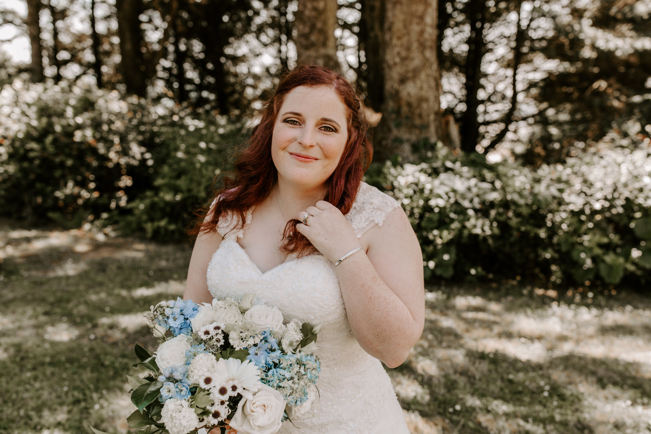 Oregon Wedding Photographer | Bridal Style | Rustic Bloom Photography