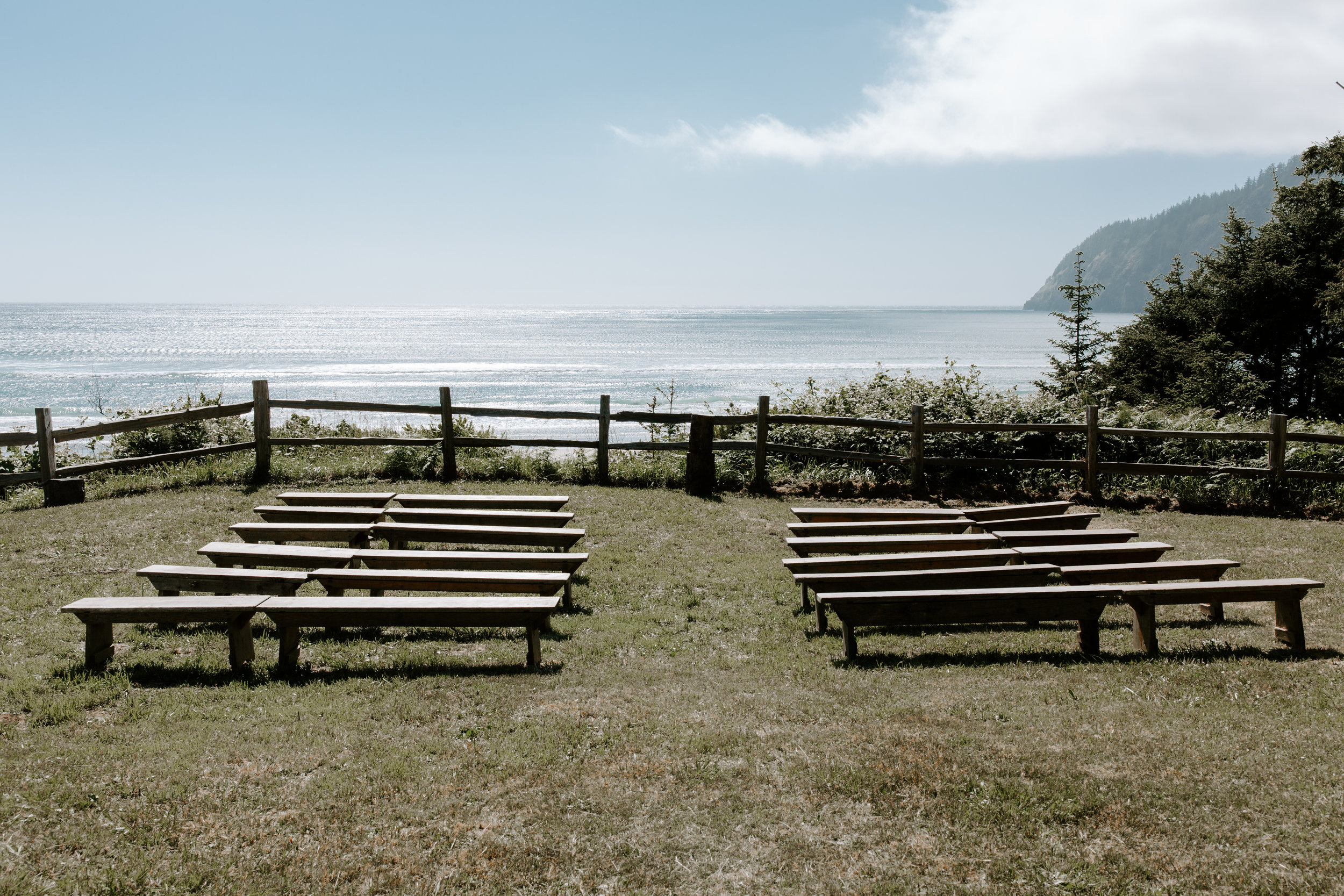 Oregon Wedding Photographer |   Camp Clark Venue | Rustic Bloom Photography