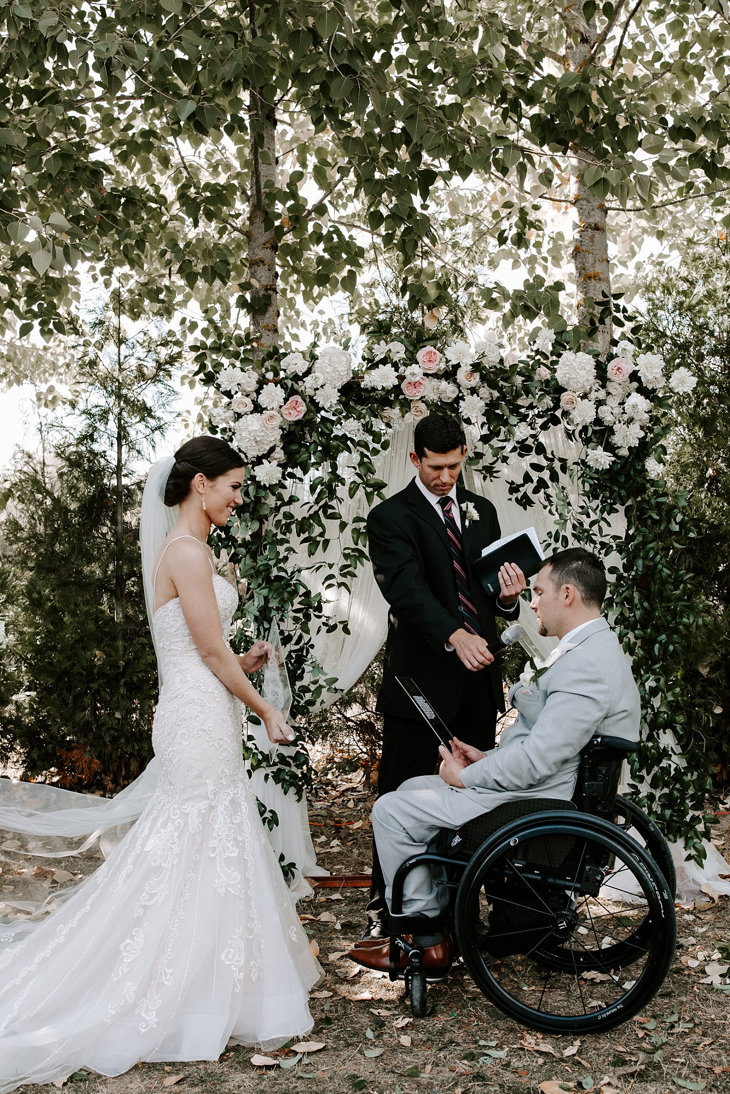 Oregon Wedding Photographer (47).jpg