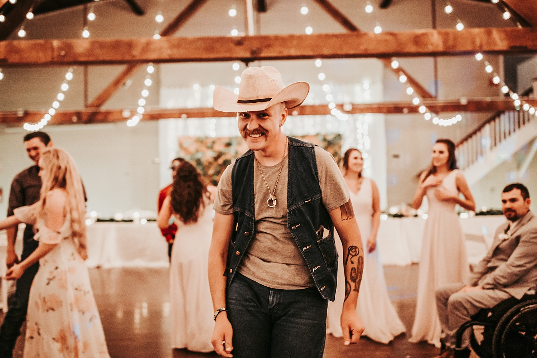 Oregon Wedding Photographer (123).jpg