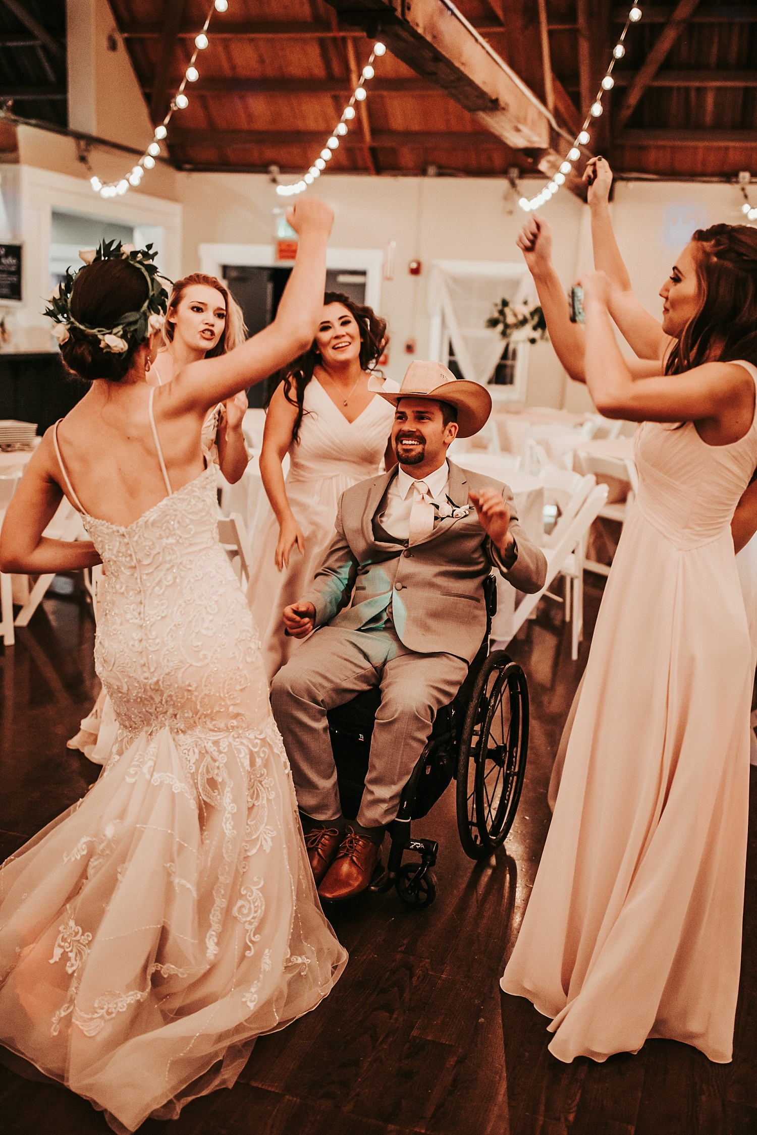 Oregon Wedding Photographer (126).jpg