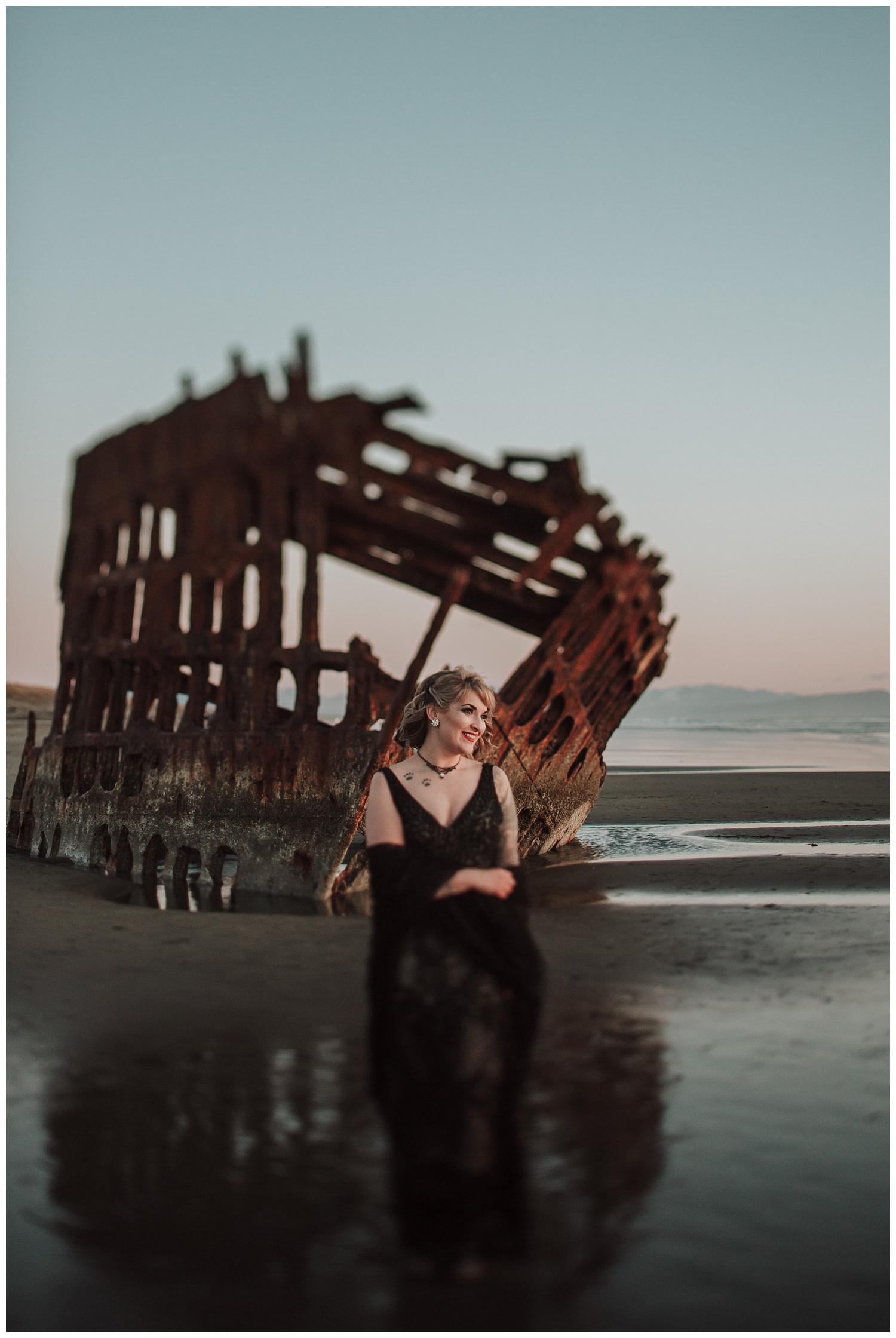 Oregon Coast Elopement Photographer (57).jpg