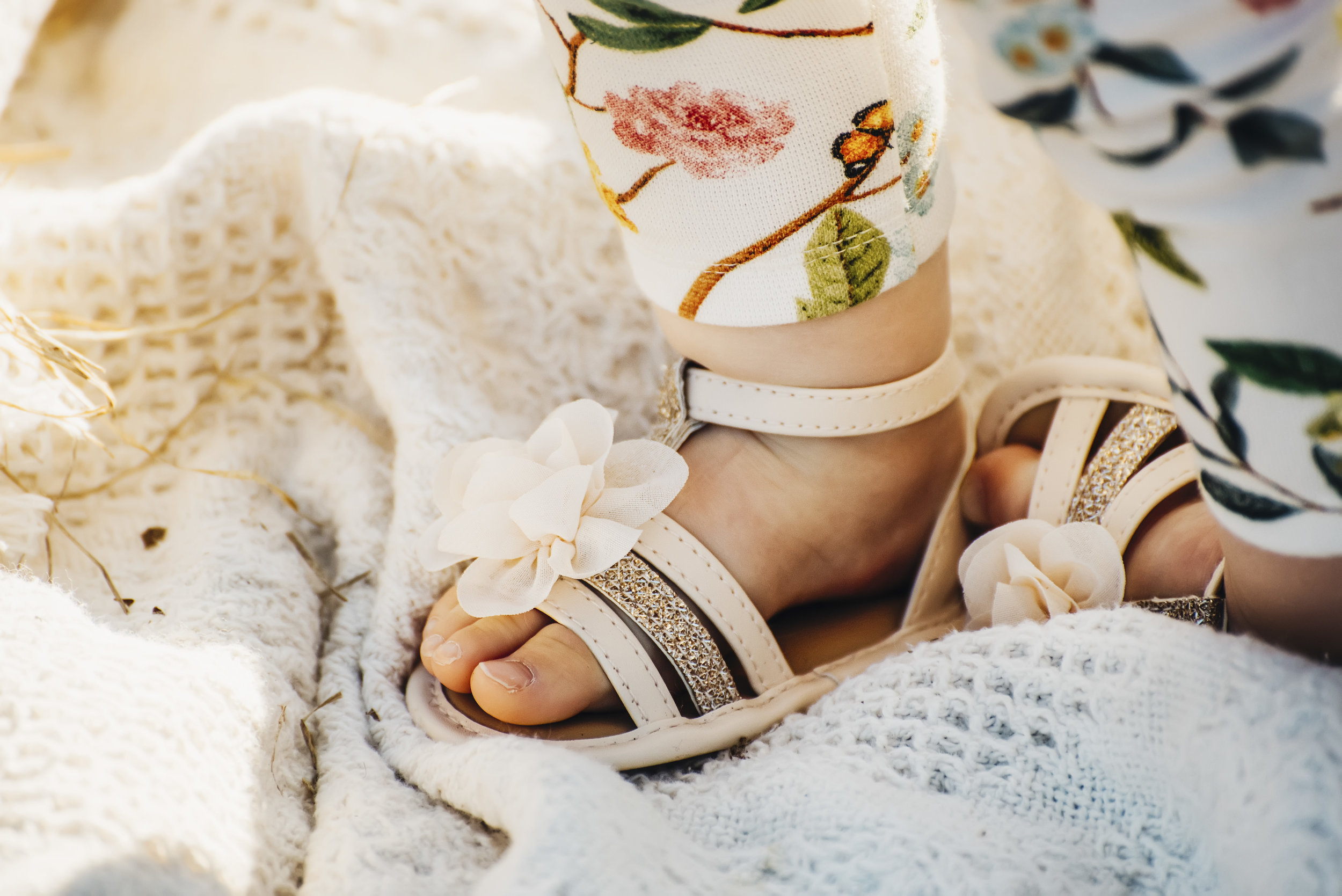 Baby feet! In adorable sandals no less. Need I say more?