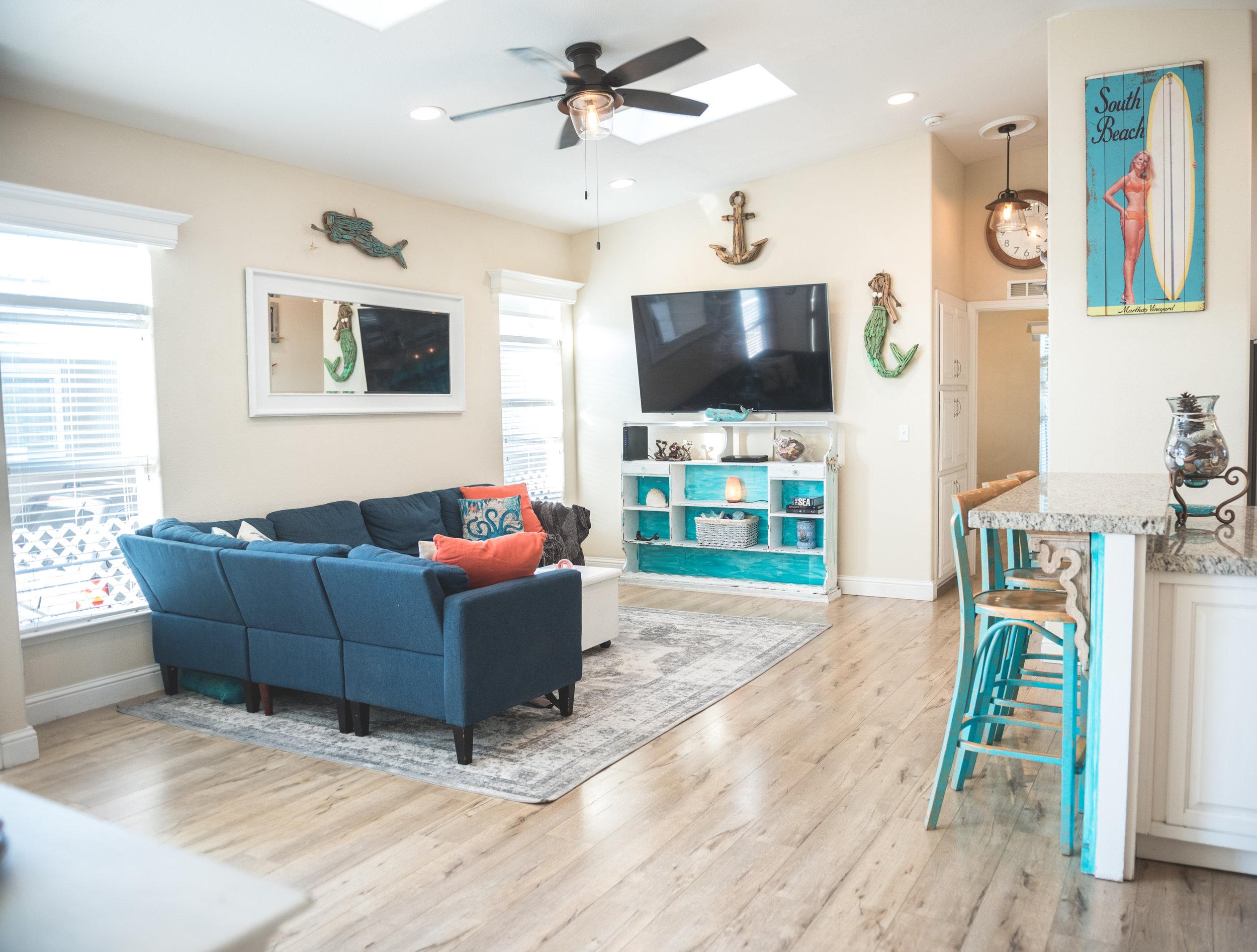 Living Room with Bar.jpg