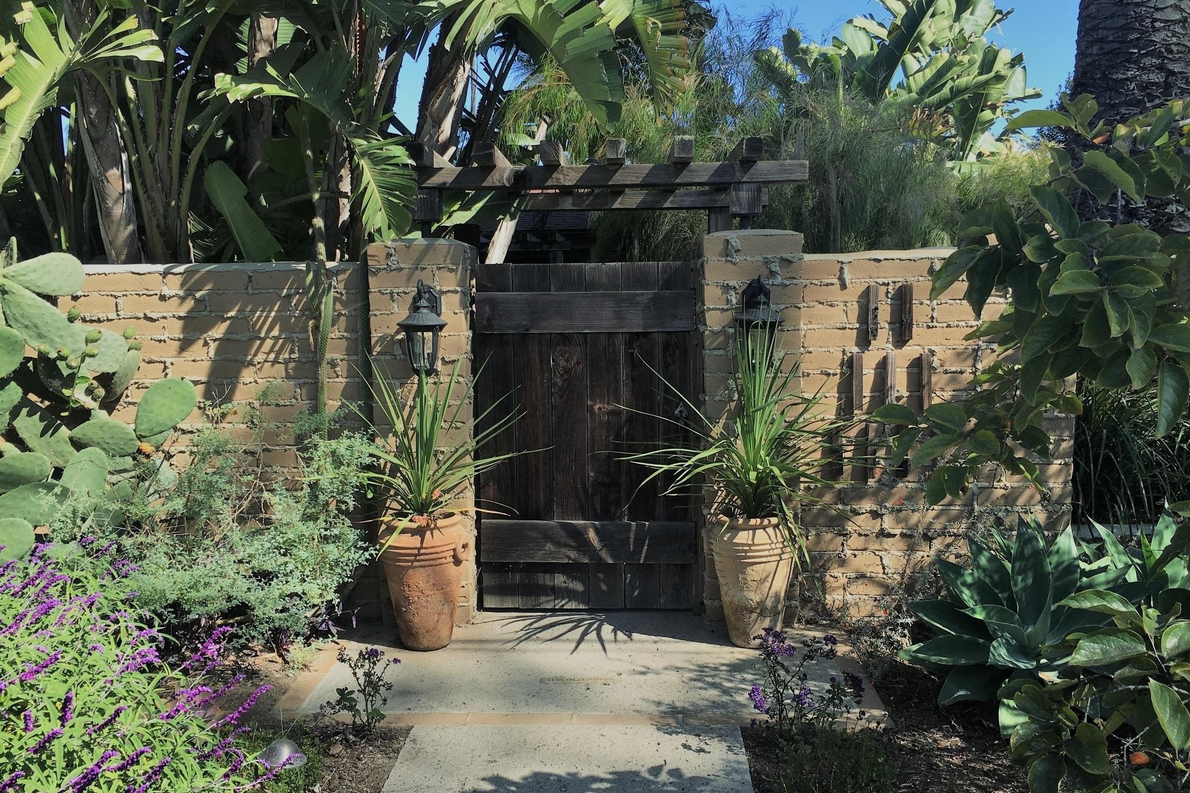 234 Mesa Lane - Sold Price - $1,461,050Represented Buyer