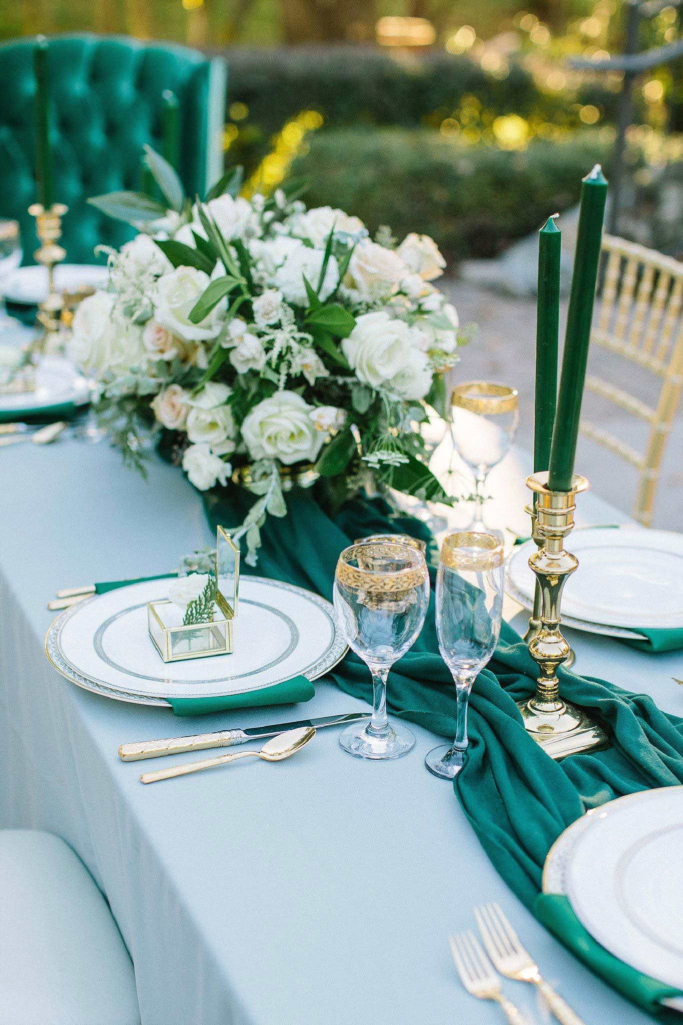 aristide mansfield wedding grey reception table with green runner