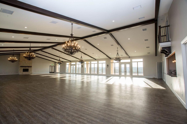 Dove Ridge Vineyard Fort Worth wedding venue