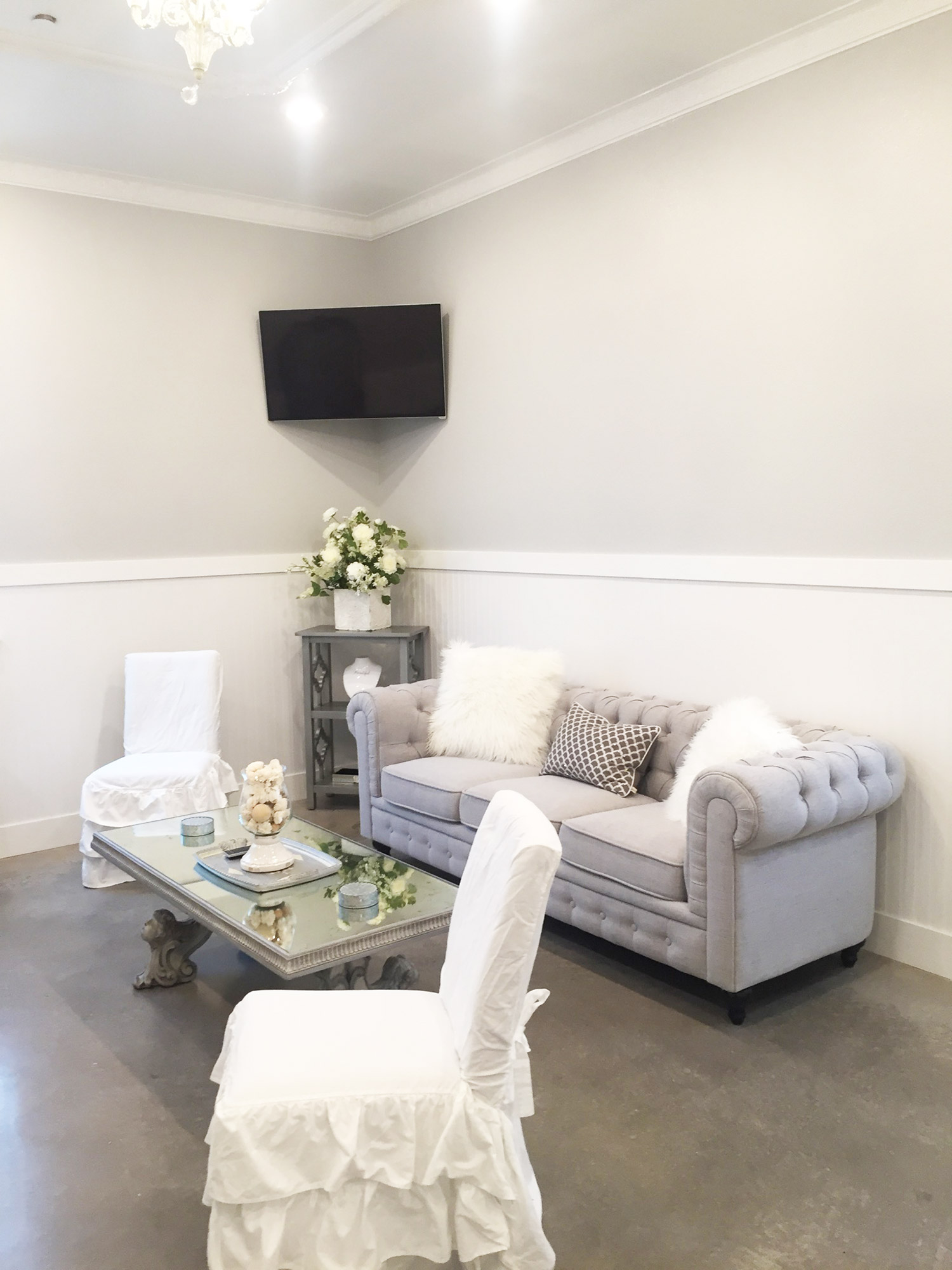 Firefly Gardens bridal suite