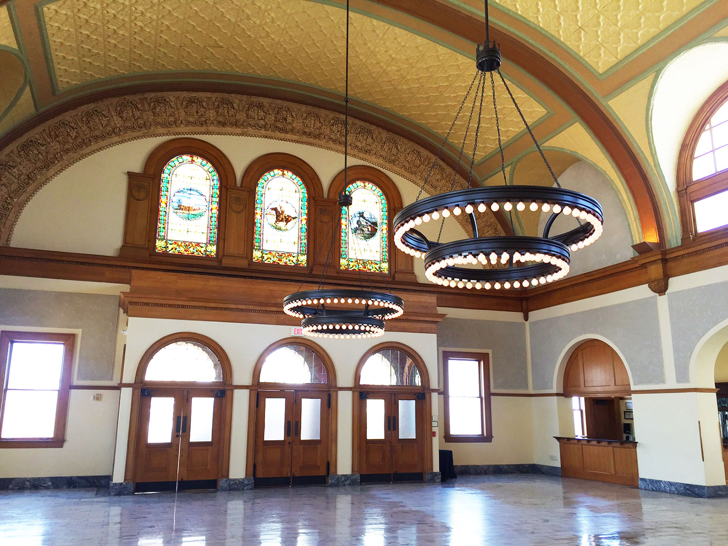 Fort worth wedding venue Ashton Depot grand ballroom and stained glass windows