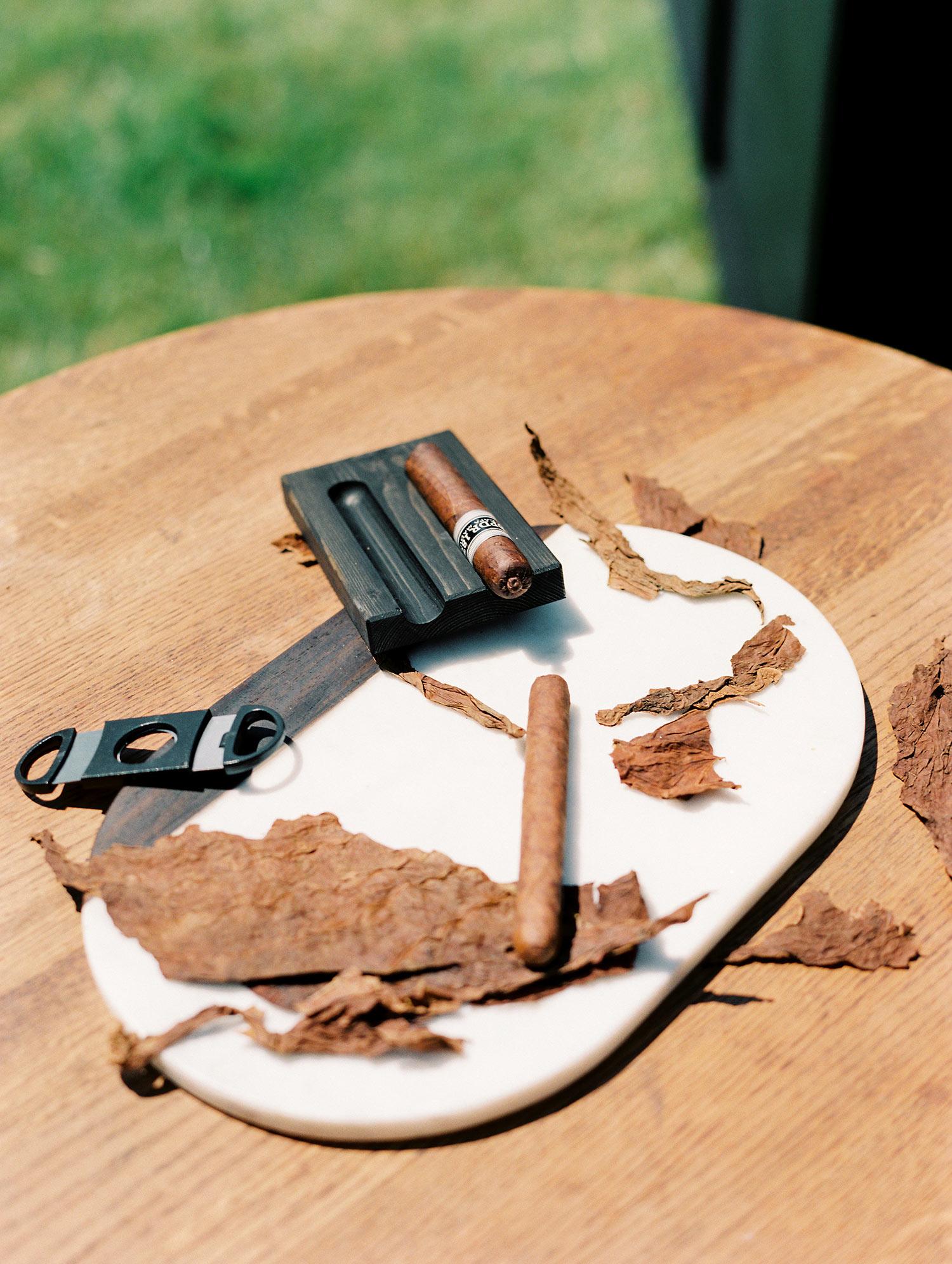 Wedding custom cigar bar