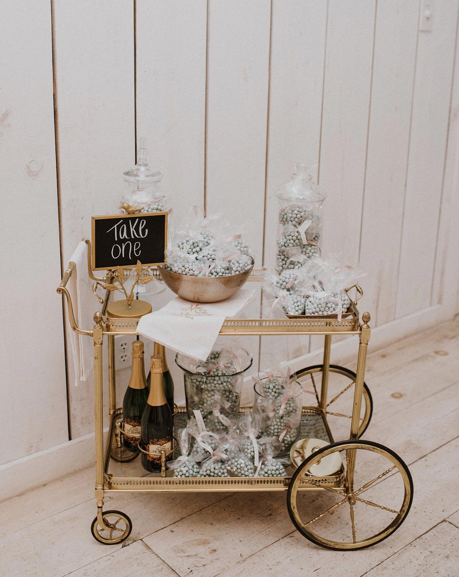 White Sparrow Barn candy cart for wedding favor