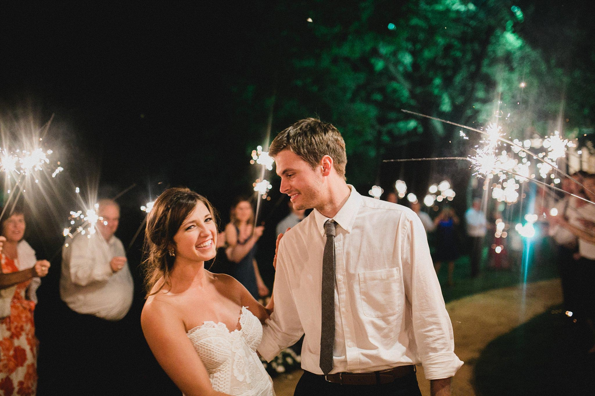 Organic-Wedding-Brooks-at-Weatherford_35.jpg
