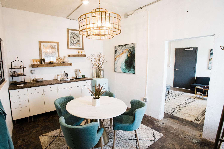 4 eleven baker suite kitchen