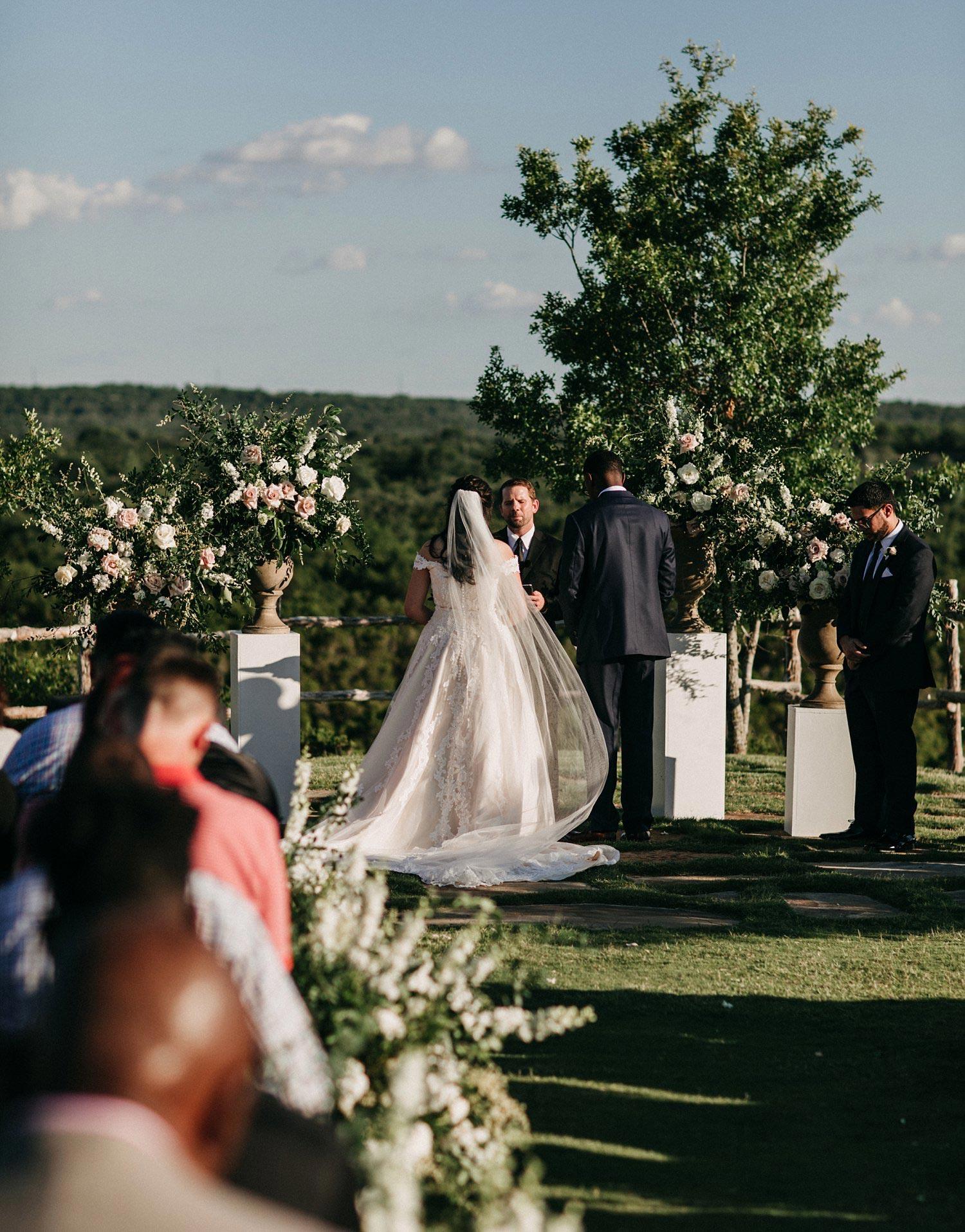 Dove_Ridge_Vineyard_Wedding_0013.jpg