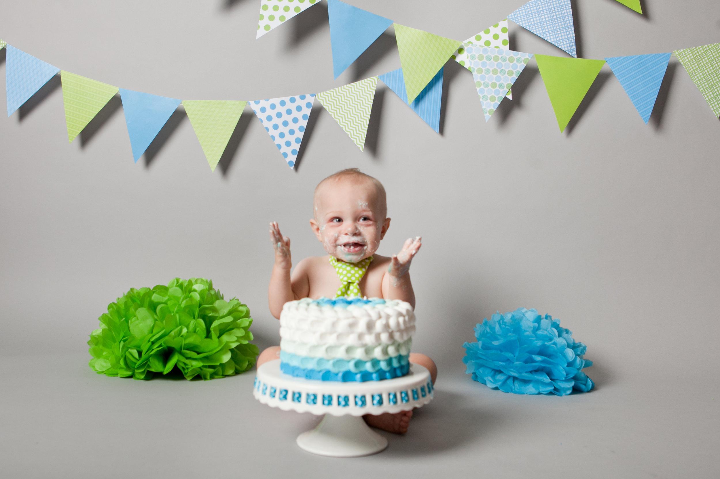 Jayce Cake Smash 049.jpg