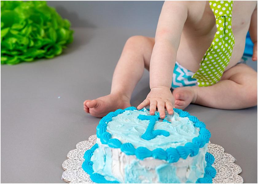 Little Man 1st Birthday and Cake Smash_South Jersey Children Photographer 12