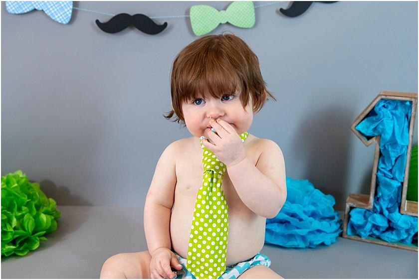 Little Man 1st Birthday and Cake Smash_South Jersey Children Photographer 14