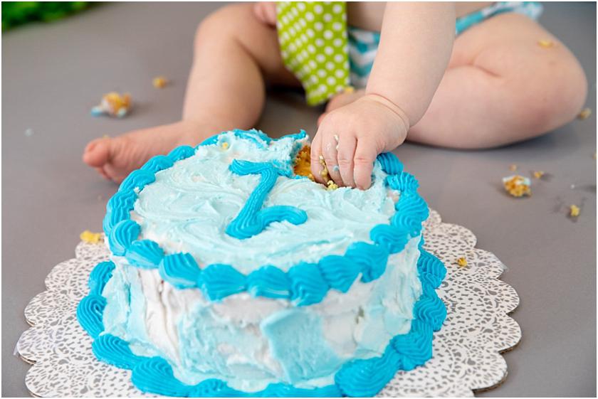 Little Man 1st Birthday and Cake Smash_South Jersey Children Photographer 18