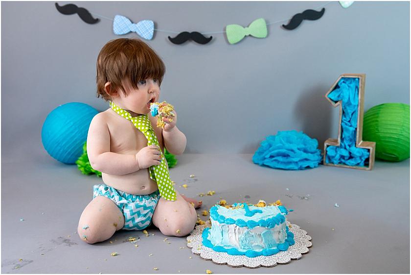 Little Man 1st Birthday and Cake Smash_South Jersey Children Photographer 19