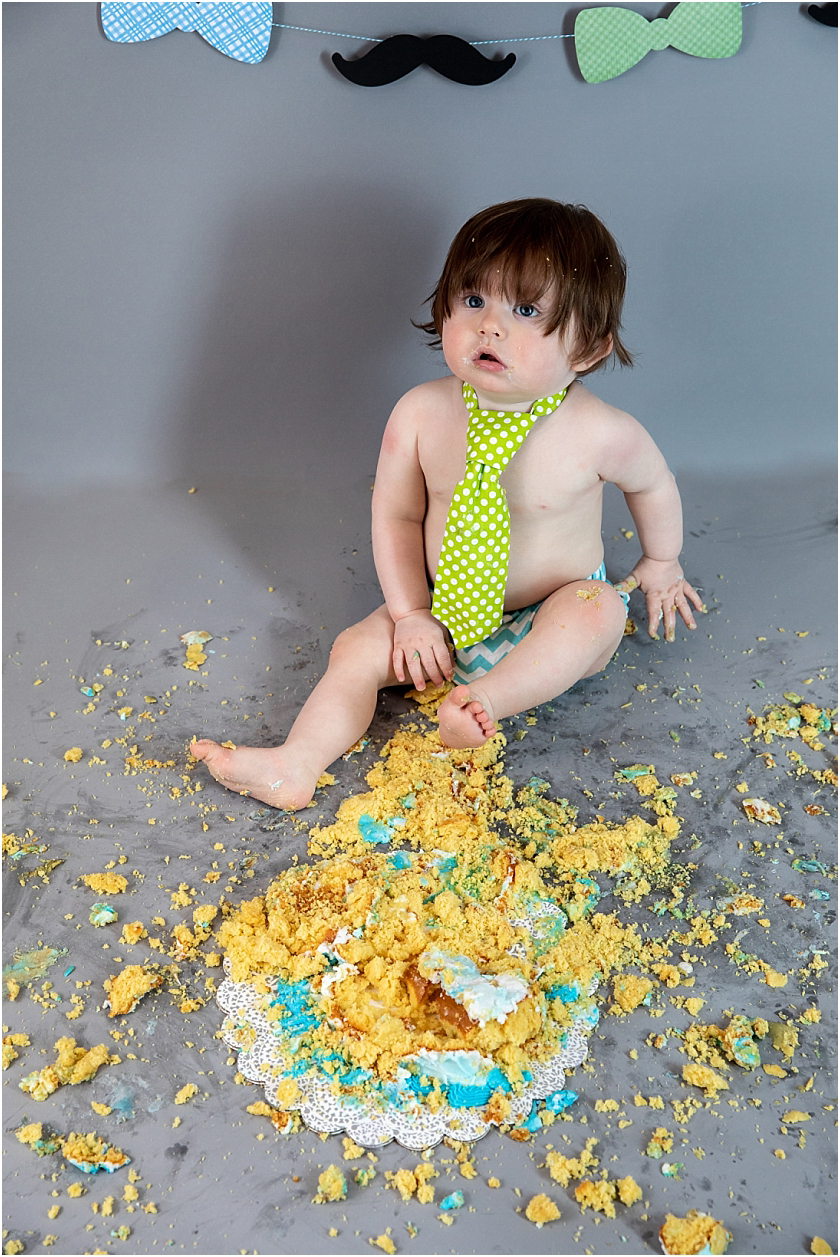 Little Man 1st Birthday and Cake Smash_South Jersey Children Photographer 30