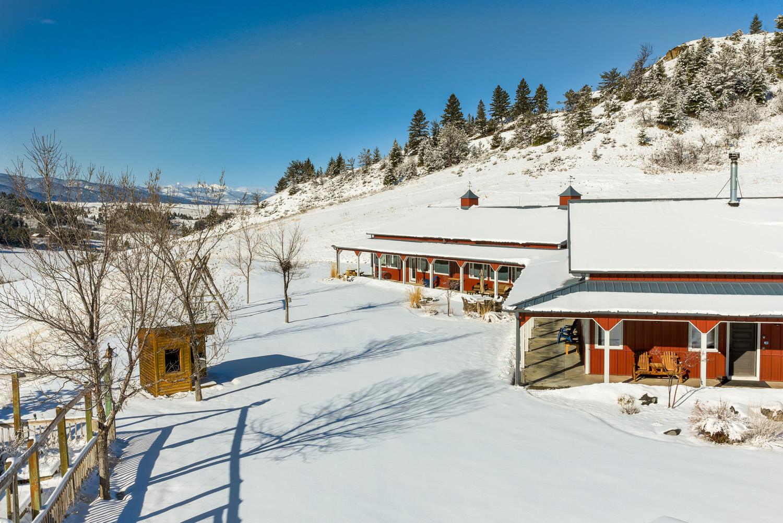 19-exterior-snow 1.jpg
