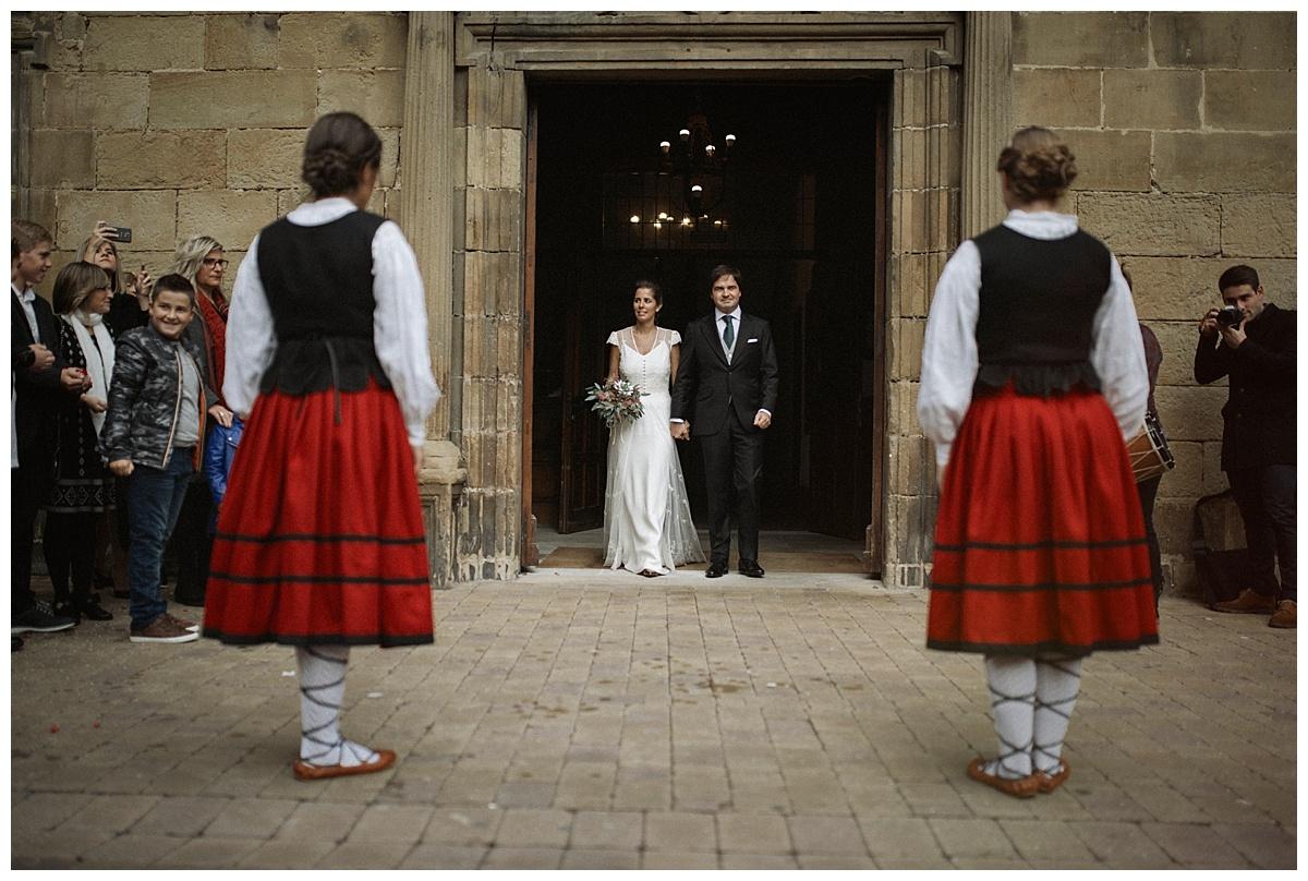 Inhar-Mutiozabal-Wedding-Photographer-Fotografo-Bodas-Zarautz_0025.jpg