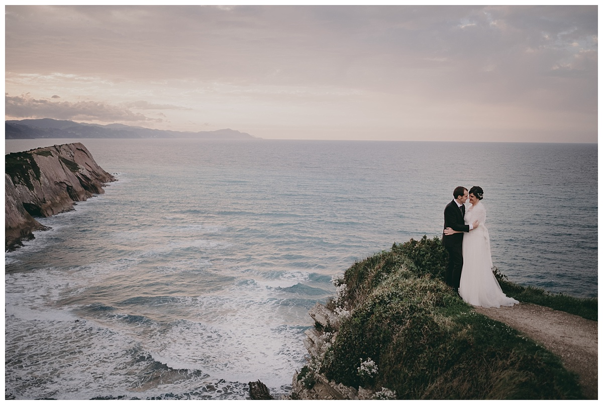 Inhar-Mutiozabal-Wedding-Photographer-Fotografo-Bodas-Zarautz_0010.jpg