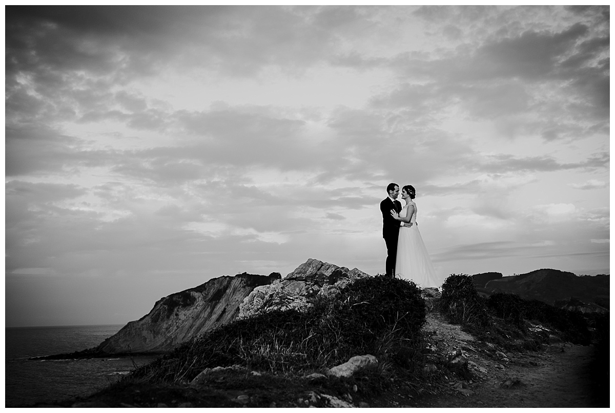 Inhar-Mutiozabal-Wedding-Photographer-Fotografo-Bodas-Zarautz_0017.jpg