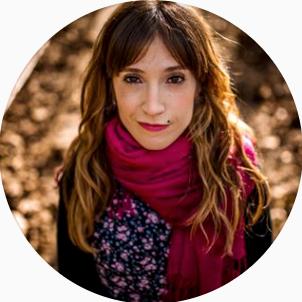 Anika Iruña (Navarra)   É uma experiência COLOSSAL.  Quantidade de informação + conhecimento sem filtros, sem tabus.  É um cara a cara com fotografia de casamento.  Vendas com o desejo de trabalhar, experimentar, experimentar ... um workshop muito estimulante em todos os sentidos.  Muito altamente recomendado.