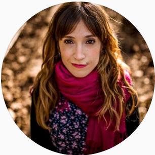Anika Pamplona (Navarra)   Es una experiencia COLOSAL.  Cantidad de información + conocimientos sin filtros, sin tapujos.  Es un cara a cara con la fotografía de boda.  Sales con ganas de trabajar, de experimentar, de probar... un workshop muy estimulantemente en todos los sentidos.  Muy muy recomendable.