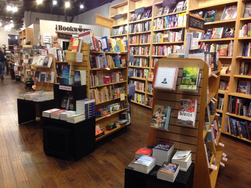 bookworm_of_edwards_interior_110514.jpg