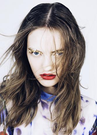 Volt Option - Yulia Eyes .jpg