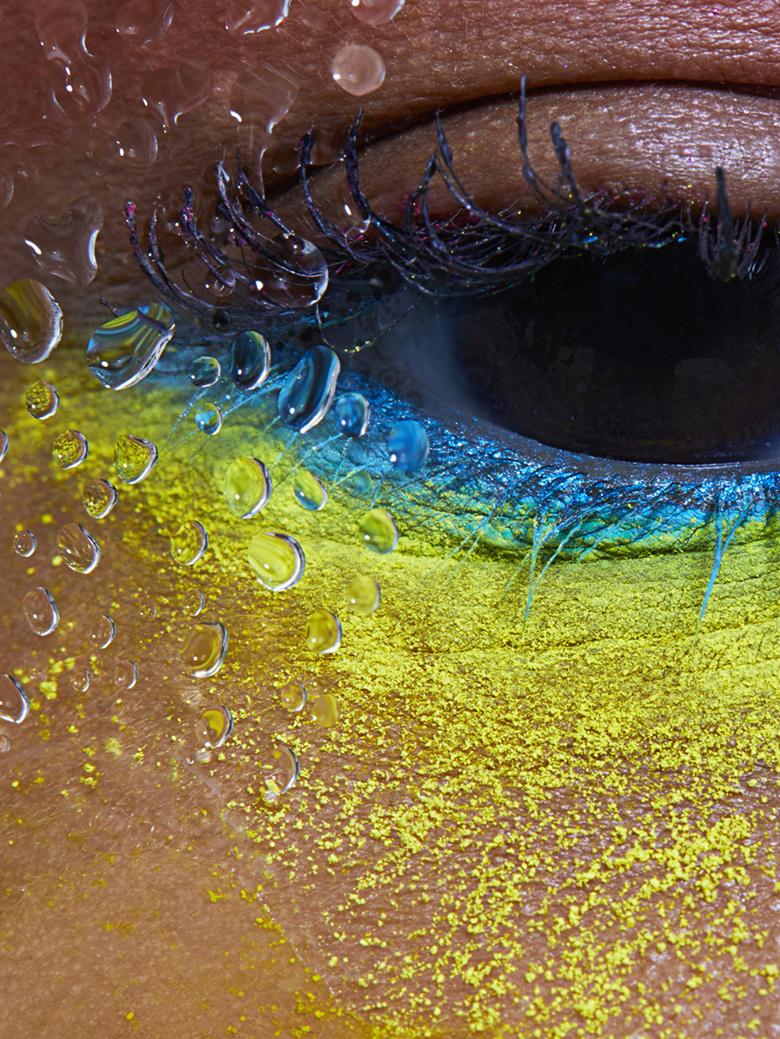 Neon eye close.jpg