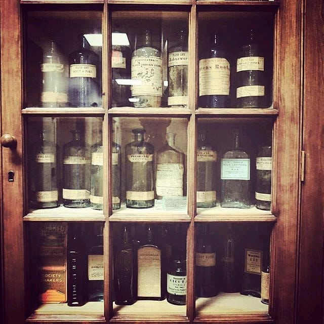This #flashbackfriday highlights an #oldschool #tincture cabinet filled with ⠀ #cbdoil long before it became the biggest trend of 2019⠀ .⠀⠀ ⚕️🧬🏥💊⠀ .⠀⠀ .⠀⠀ .⠀⠀ .⠀⠀ .⠀⠀ .⠀⠀ .⠀⠀ #marincounty #medicalmarijuana #mmj #medicalcannabis #cannabiscommunity #medicine #sanrafael #sananselmo #northbay #painrelief  #cannabis #organic #sausalito #tiburon #extracts #norcal #cannabinoids #migraineur #cannabisenthusiast #cannabiscures