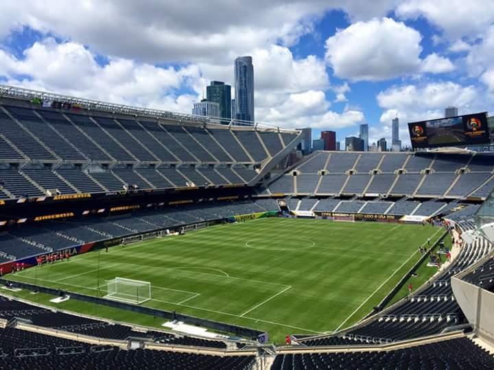 Athletic turf, Chicago