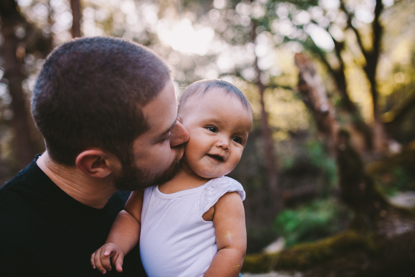 Father & Daughter Kiss on Cheek Family Portrait Norcal