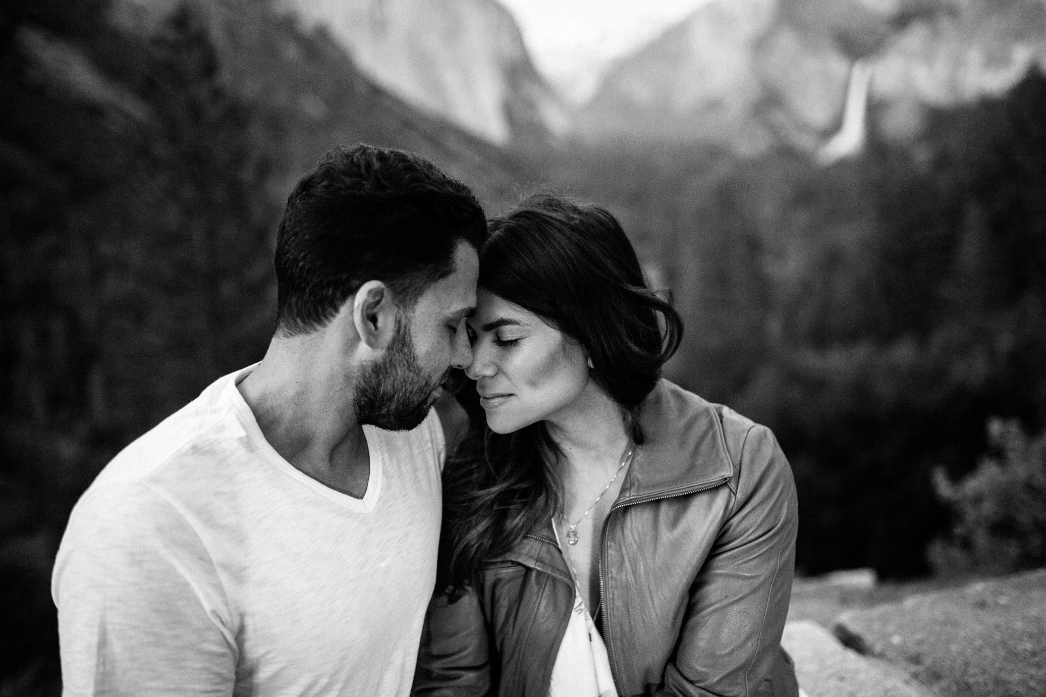 Romantic Couple Shoot at Tunnel View Yosemite