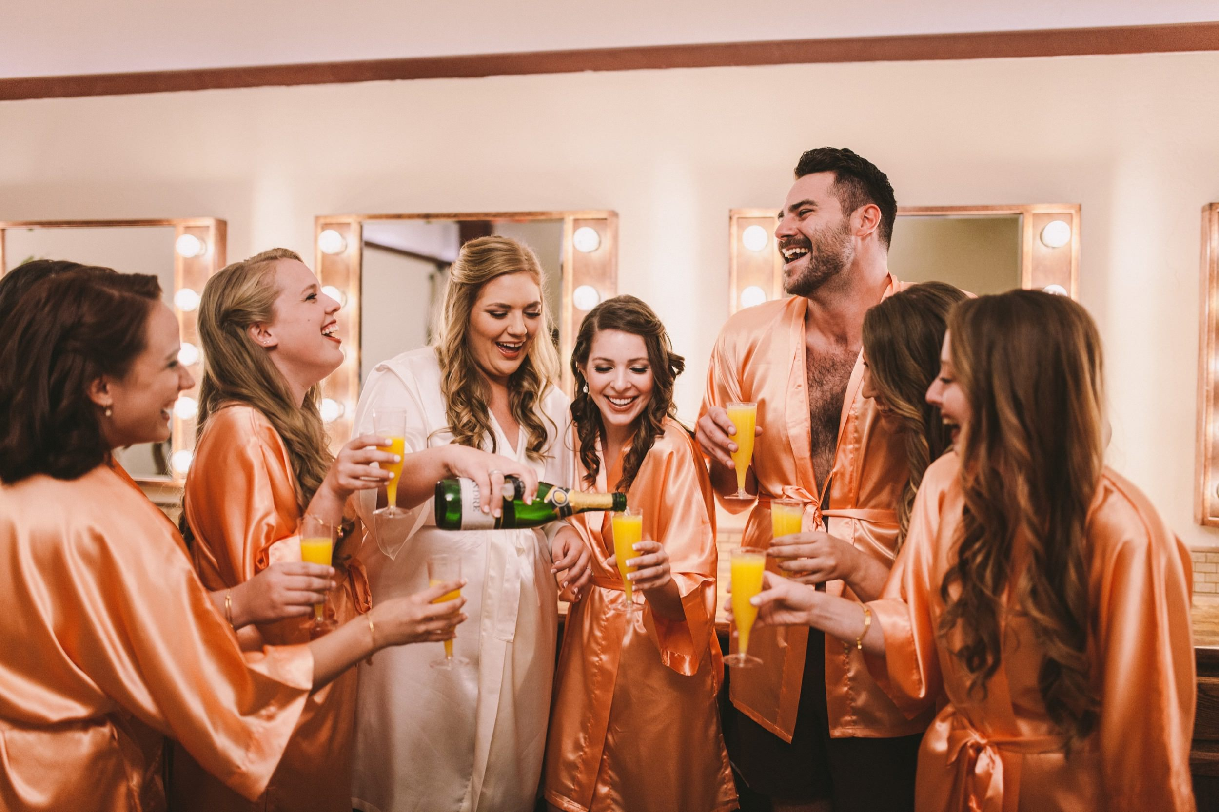 Bridesman Matching Robes with Bridesmaids Wedding Prep Shots