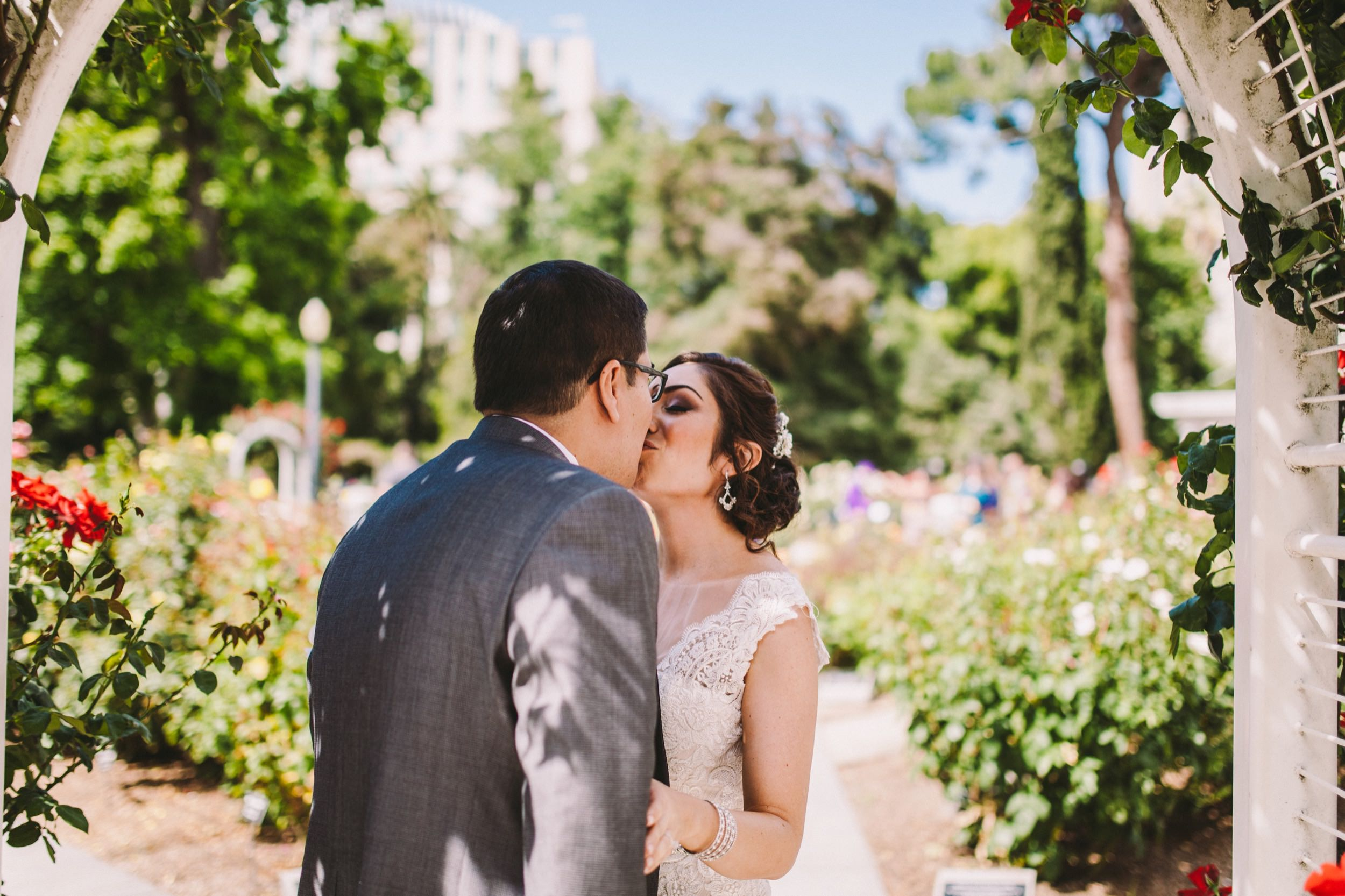 Sacramento Sutter Club & Capitol Building Wedding-40.jpg