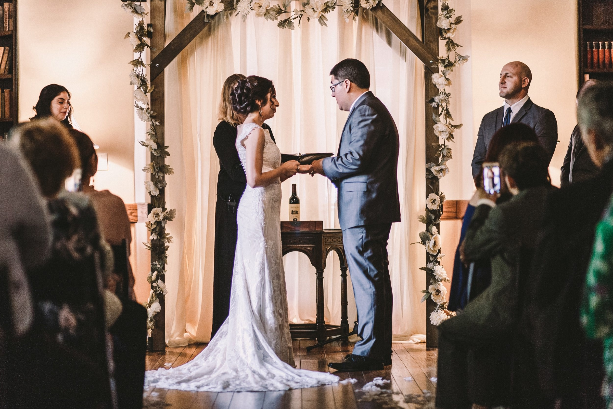Sacramento Sutter Club & Capitol Building Wedding-101.jpg